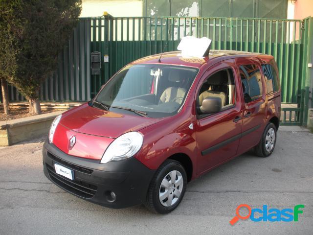 RENAULT Kangoo diesel in vendita a Barletta (Barletta-Andria-Trani) 1