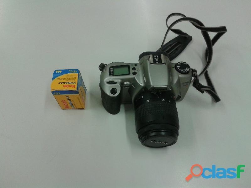 Vendo macchina fotografica canon eos3000n