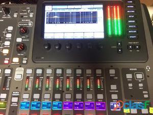 Behringer digitali mixer e audio attrezzature