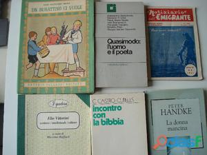 Libri di storia, di poesia,almanacchi fotografare, enciclopedia ecc.