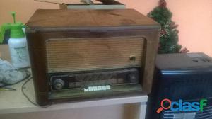 Radio marelli, con giradischi, a valvole