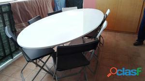 Tavolo e 10 sedie