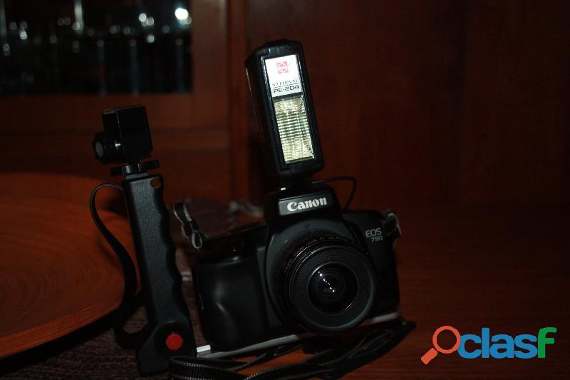 Fotocamera reflex analogica canon eos 750 (pellicola)