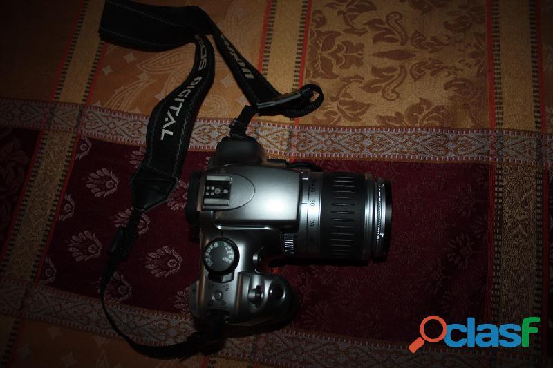 Fotocamera digitale Canon EOS 300D con obiettivo Canon EF 28 90mm Canon. silver