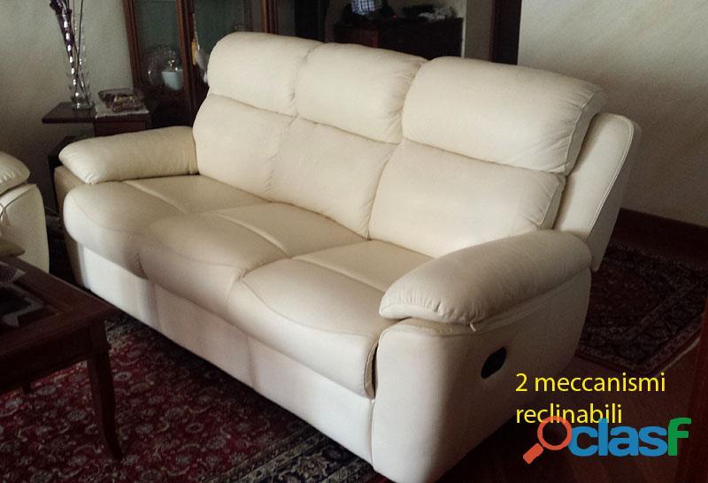 Vendo divani in vera pelle