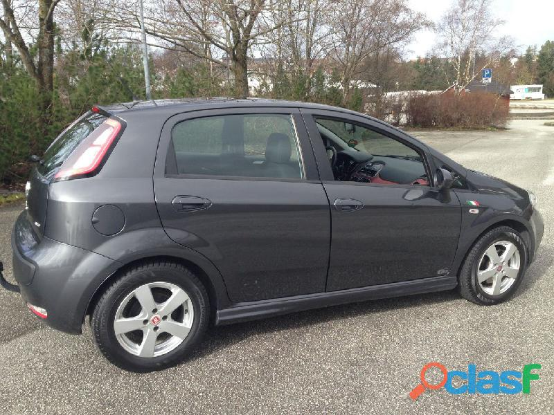 Fiat Punto EVO 1,3 Multijet 85hk Dynamic Italia Edition m/DAB+ 2012, 66300 km,