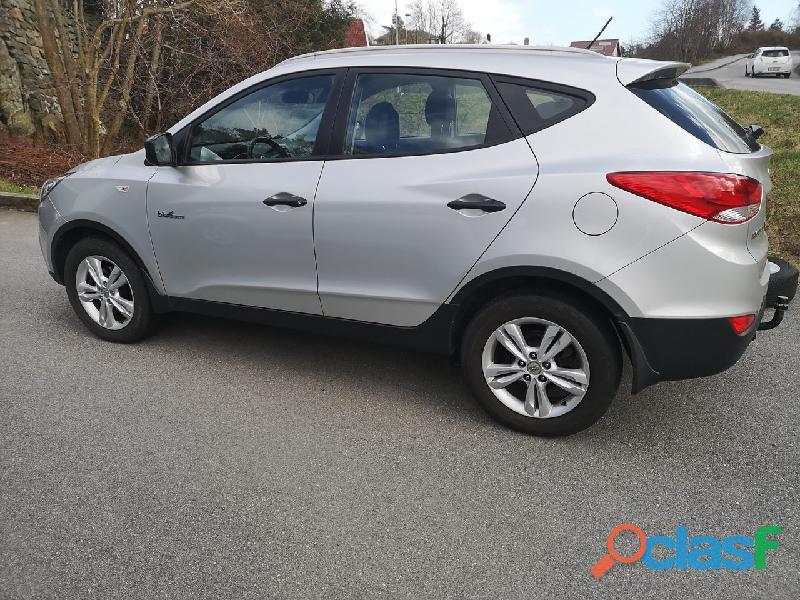 Hyundai ix35 1,7 crdi comfort 2wd 2011, 130700 km,