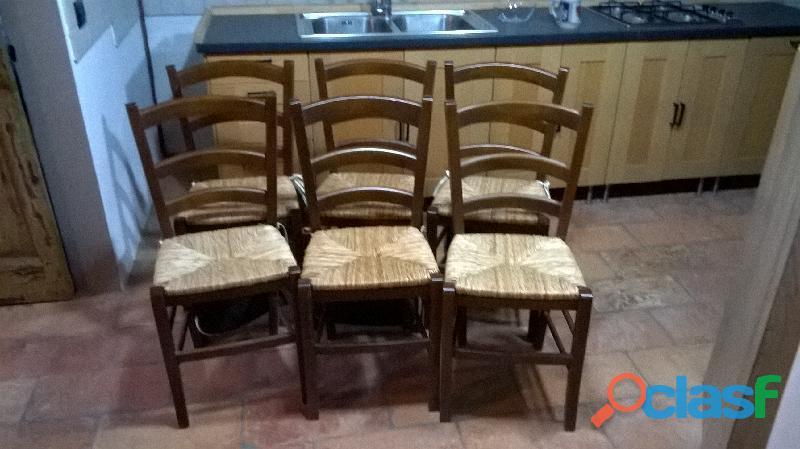 Numero sei sedie impagliate conservate