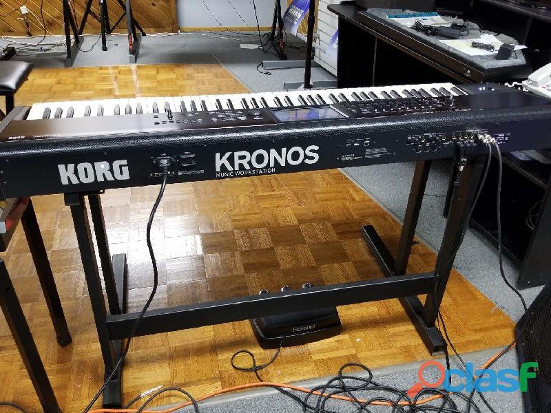 Vendita:korg kronos 2 ,montage 8, line 6 helix,boss gt 1000 whatsapp: +14197776480
