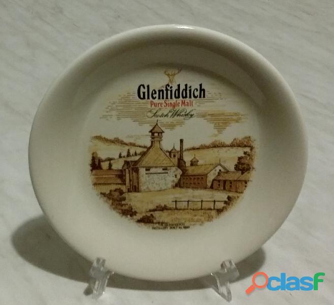 Piatto in ceramica glenfiddich pure single malt scotch whisky the glenfiddich distillery 1887 nuovo