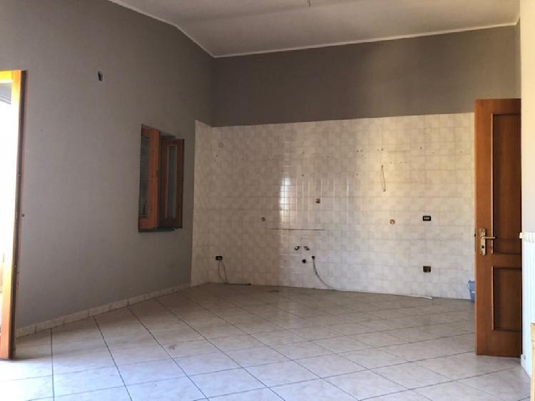 Appartamento di 4 vani con box