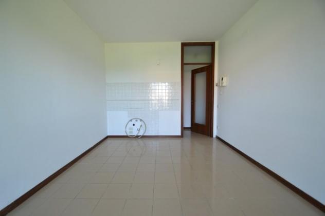 Appartamento di 50 m² con 1 locale in affitto a montecchio