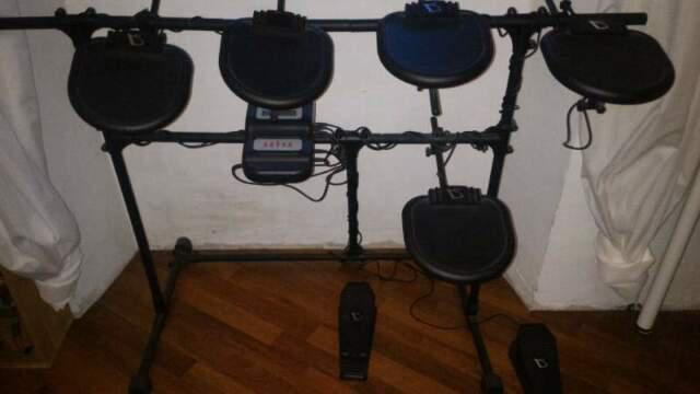 Batteria elettronica midi drumtastic +manuali+seggiolino