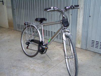 Bicicletta uomo telaio in alluminio