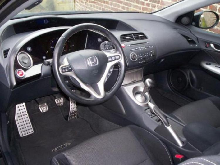 Honda civic viii 2.2 i-ctdi 140 type