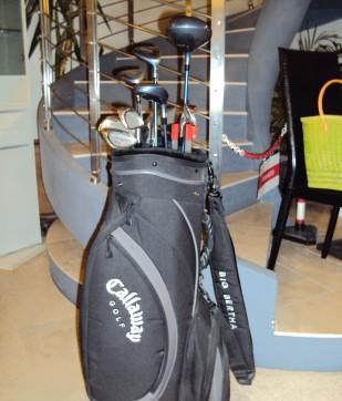 Sacca da golf con mazze