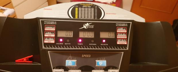 Tapis roulant elettrico moderatore di velocità