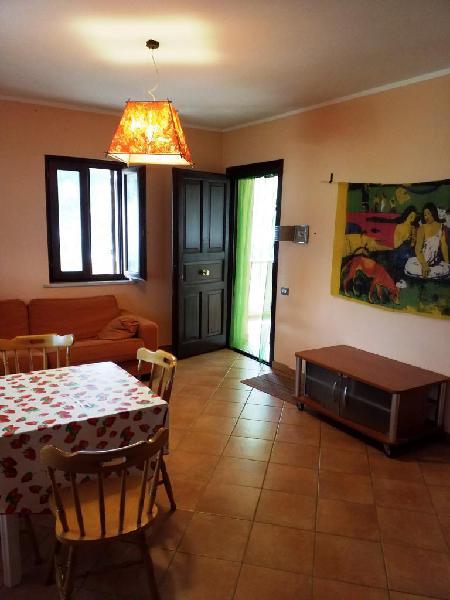 Villetta in residence primo piano con accesso al mare