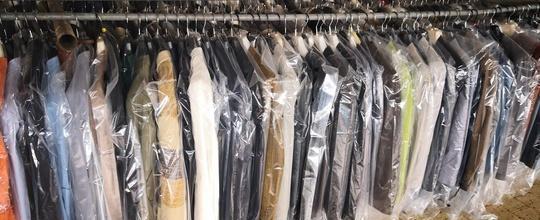Stock giacche uomo 6 euro milano