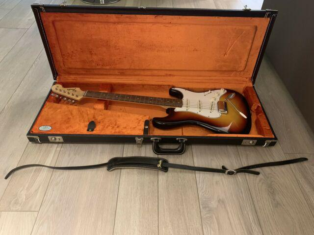 Fender stratocaster american vintage reissue 65