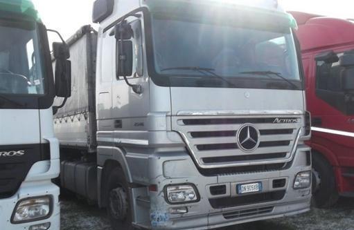 Mercedes benz actros 2546 montelupo fiorentino