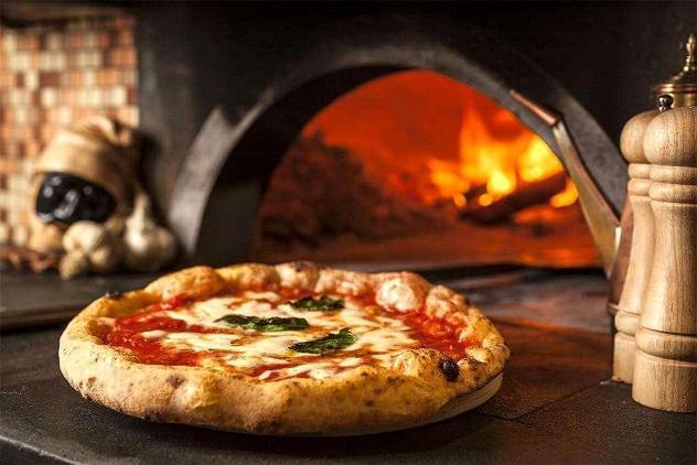 Pizzeria lucca 90 - pizzeria a lucca