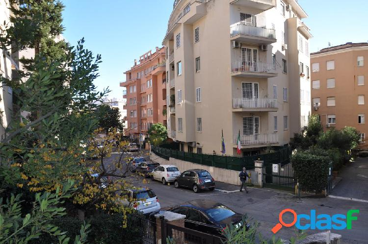 Parioli - ufficio 5 locali € 2.600 ua501