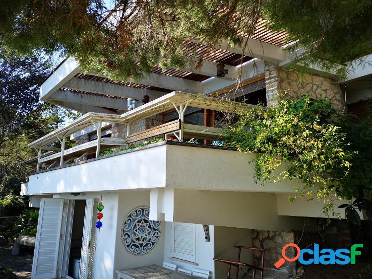 Villa sul mare con spiaggia privata