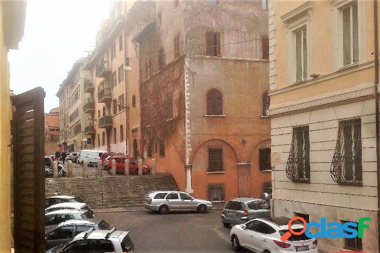 Centro storico - appartamento 4 locali € 480.000 t405