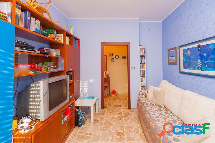 Appartamento 2 vani e mezzo + garage a Mascalucia