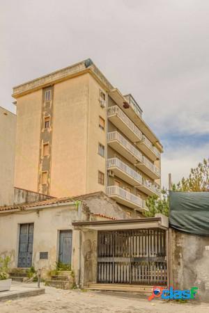 Paternò appartamento 5 locali 79.000 eur t5172