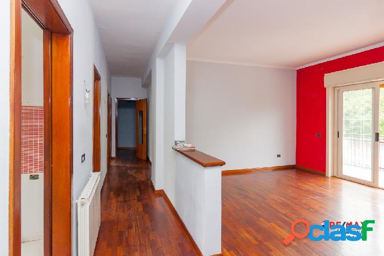 Appartamento 3,5 vani 100 mq