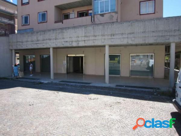 Campobasso - locazione immobili commerciali