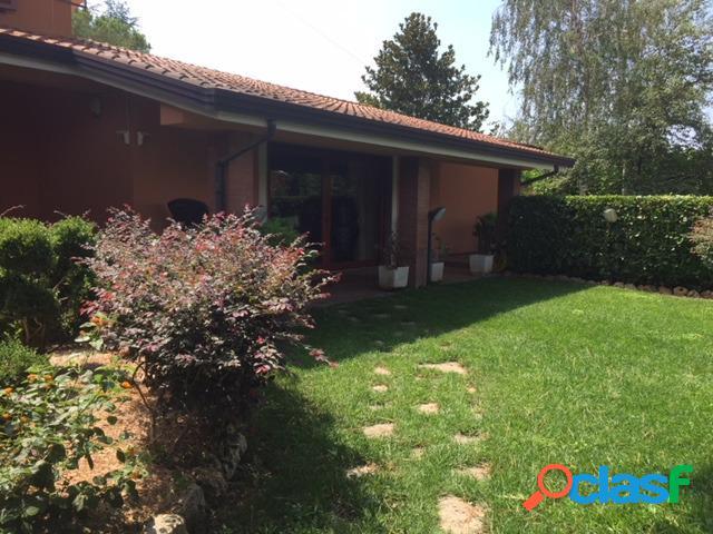 Villa ciampino - residence vigna fiorita