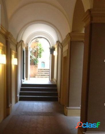 Centro storico - 3 locali € 2690000 t302