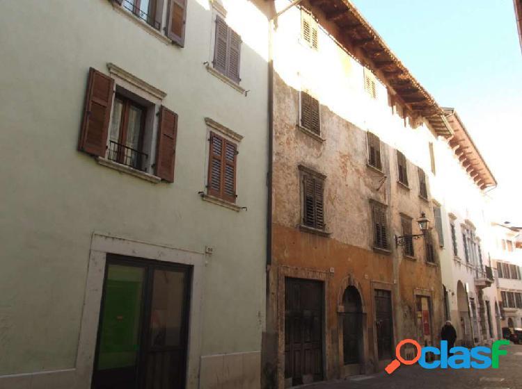 Rovereto attico / mansarda monolocale 240.000 eur t113