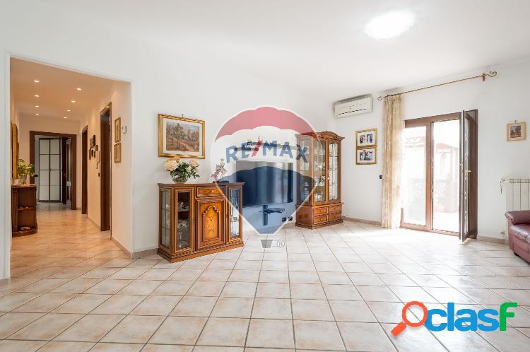 Albano laziale - 5 locali � 210000 t505