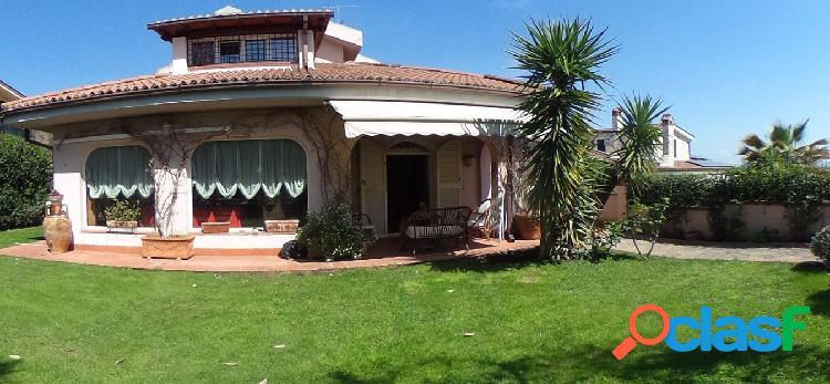 Guidonia montecelio - appartamento 7 locali € 449.000