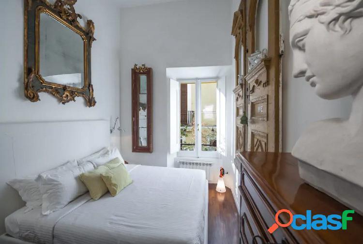 Centro storico - appartamento 2 locali € 1.700 a232