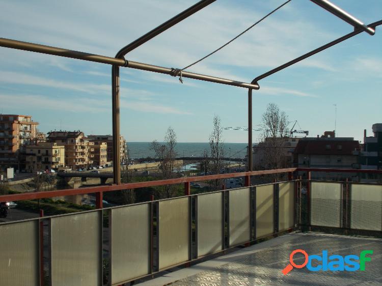 Centro - 3 locali con vista panoramica € 139.000 t315