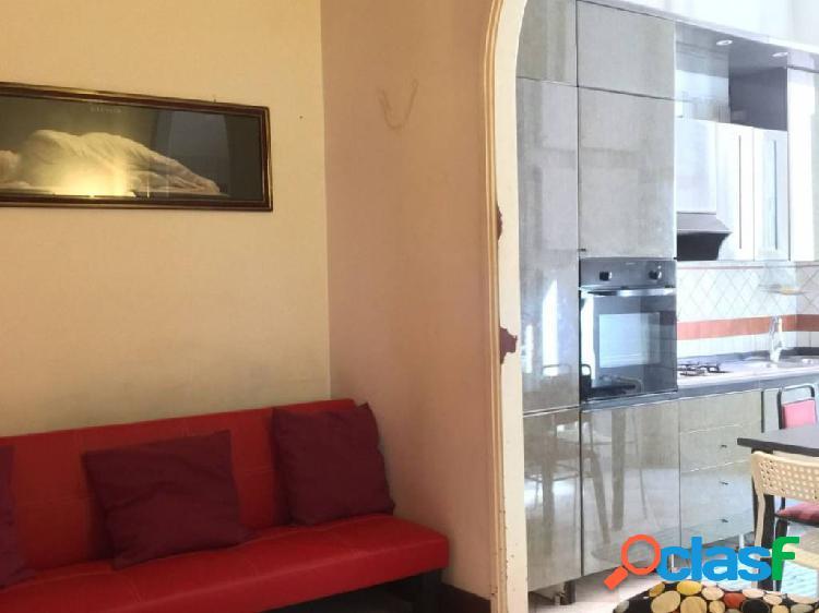 Centro storico - appartamento 5 locali € 1.950 a502