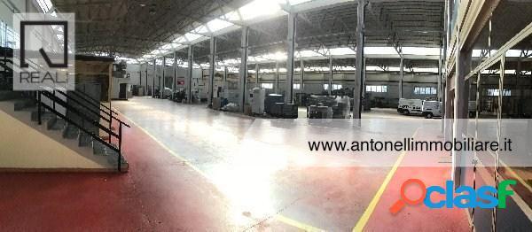 Gregna sant andrea - capannone mq 2000 € 14.000 ca907