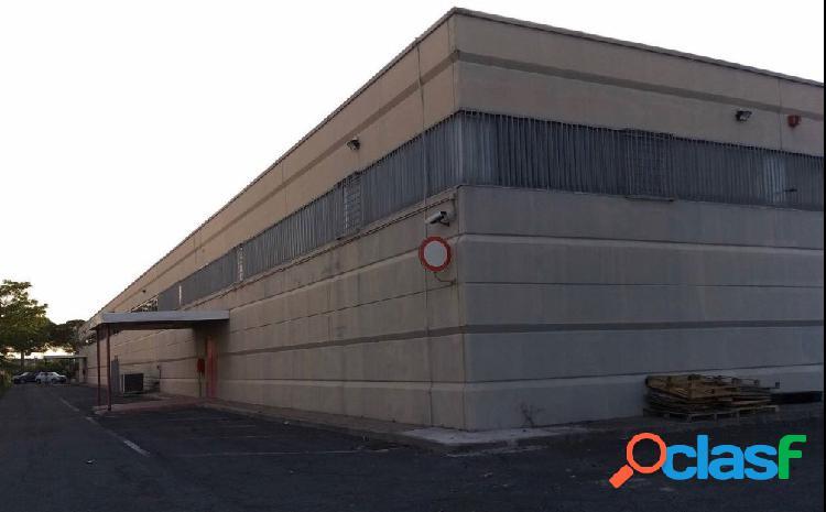 Via j.f. kennedy - capannone d8 € 6.000 ca906