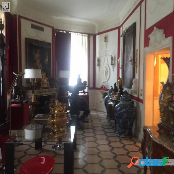 Centro storico - appartamento 4 locali € 1.250.000