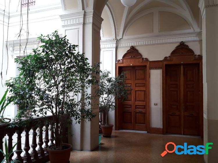 Bari - appartamento 9 locali € 1.495.000 t904