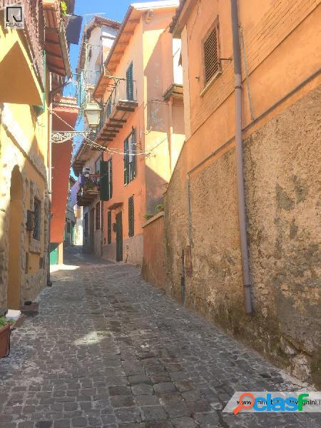 Centro storico - appartamento 2 locali € 42.000 t225