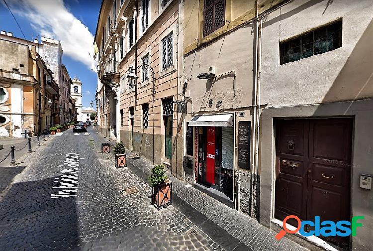 Centro storico - appartamento 1 locali € 450 a102