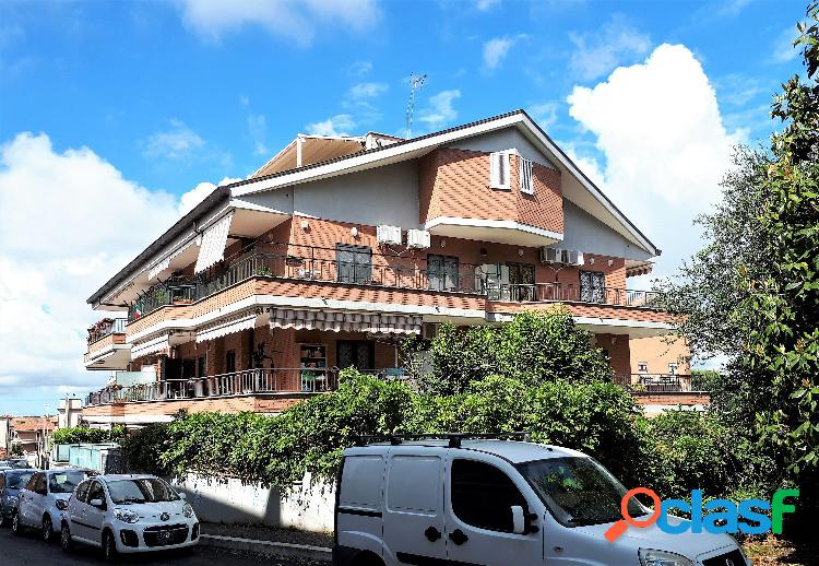 Musicisti - attico 4 locali € 340.000 t416