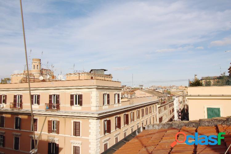 Centro storico - appartamento 6 locali € 495.000 vg2480