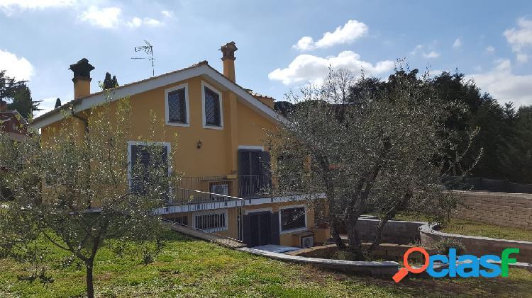 Sacrofano - via dei gerani villa indipendente 150 mq